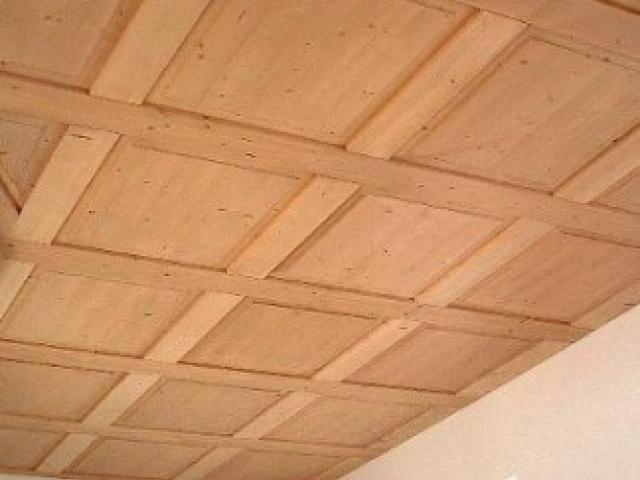 Controsoffitti in legno: tipi, scheda tecnica e realizzazione fai da te