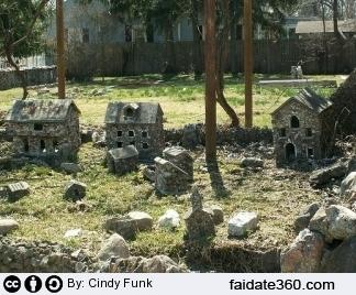 Giardino roccioso progetto piante pietre e costi for Giardino roccioso con piante grasse