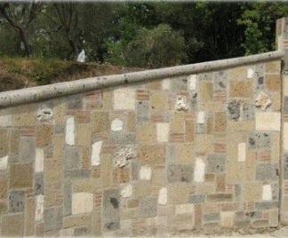 Muro in tufo costo
