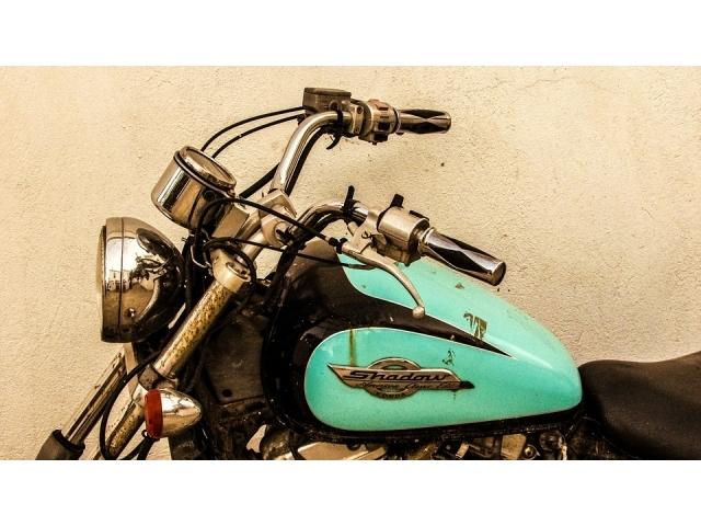 Verniciatura della moto: tecniche e prezzi