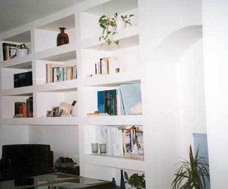 Pareti attrezzate in cartongesso for Come arredare una parete attrezzata