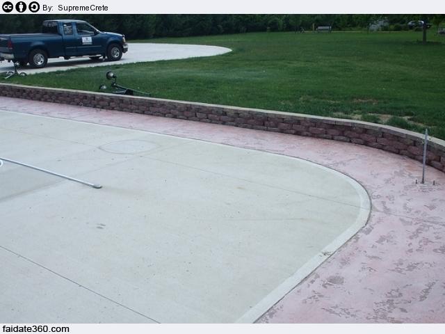 Pavimenti in cemento per interni e per esterni for Piastrelle x garage