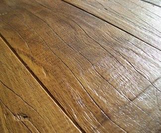 Pavimenti in legno for Verniciare legno