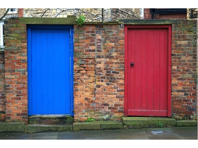 Verniciatura porte come fare tipi tecniche e consigli - Tipi di porte interne ...